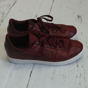 Nike Men's Bruin Team Red / Night Maroon - White